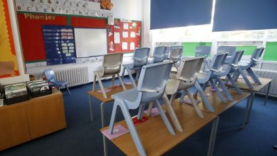 Covid: All London primary schools to stay closedss