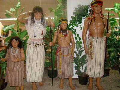 Funcionarios de Ecuador liberados tras entrega de líder indígena fallecido por Covid-19