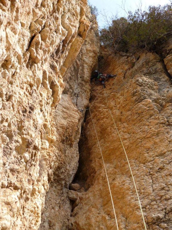 Xemeneia Fonda -o la cueva de los maquis-