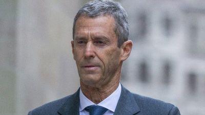 Beny Steinmetz: Mining tycoon in Swiss trial over Guinea deal