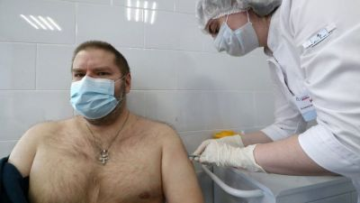 Coronavirus: Sputnik V vaccine rushed out to wary Russians
