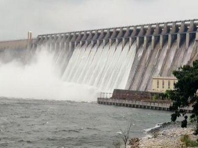 India Leaks Abundant Water into the Sea