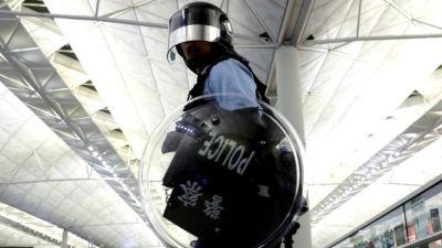 China is 'trampling on Hong Konsg's democracy'